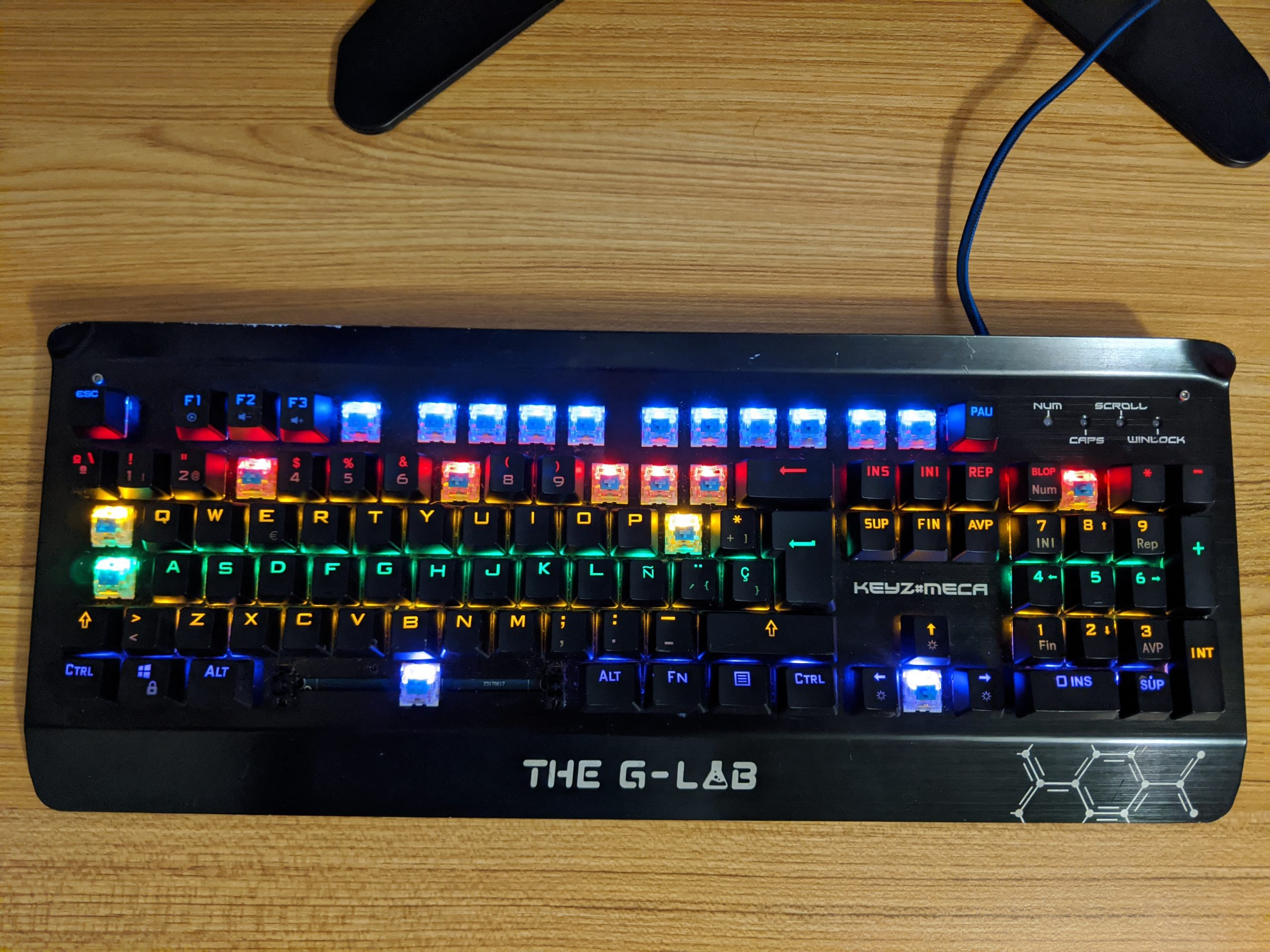 The G-Lab KEYZ-MECA/SP keyboard with some keycaps missing.