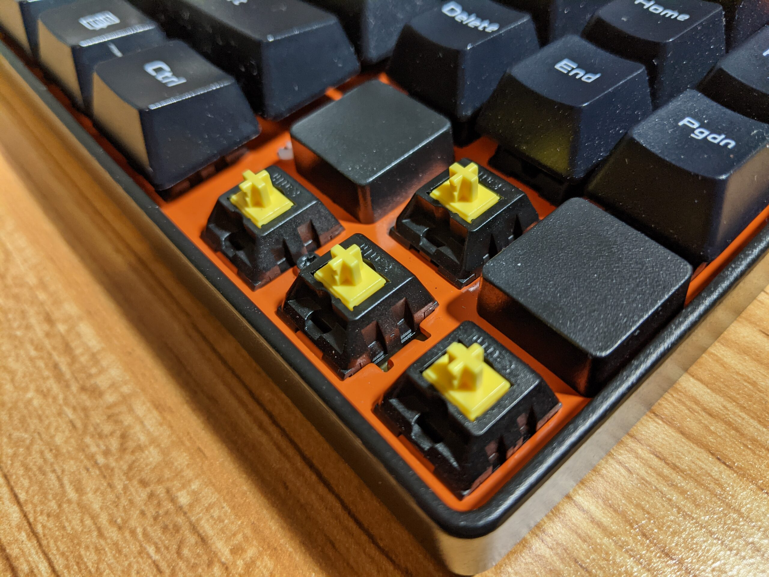 Kailh Yellow switches.